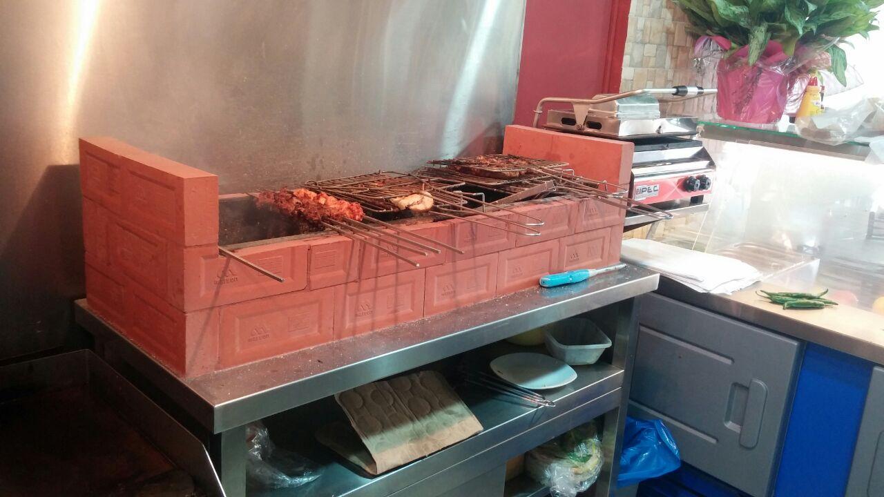 restaurant barbecue