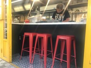 Mobile restaurant counter